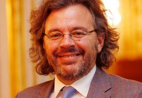 Pr Philippe Courtet, CHU de Montpellier, travaille sur la prévention des conduites suicidaires