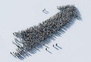 Une foule de personnes, vue du dessus, forme une flèche ascendante - objectifs
