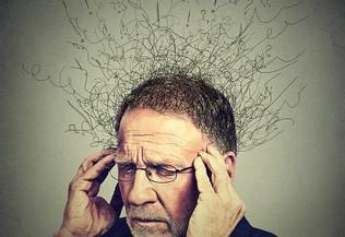 Homme souffrant de pensées obsessionnelles
